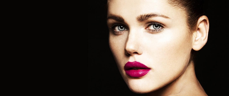 Get Dark Bushy Eyebrow Shading With Microblading Pigment